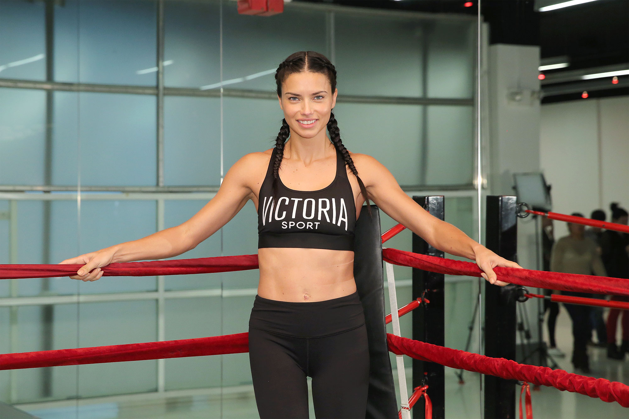Adriana Lima Admits She Feels More Confident When She Wears Makeup to the Gym - Adriana Lima trains for the 2016 Victoria's Secret Fashion Show at Aerospace High Performance Center on November 21, 2016 in New York City.