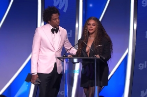 Beyonce Chokes Up While Dedicating GLAAD Award to Uncle Who Died From HIV