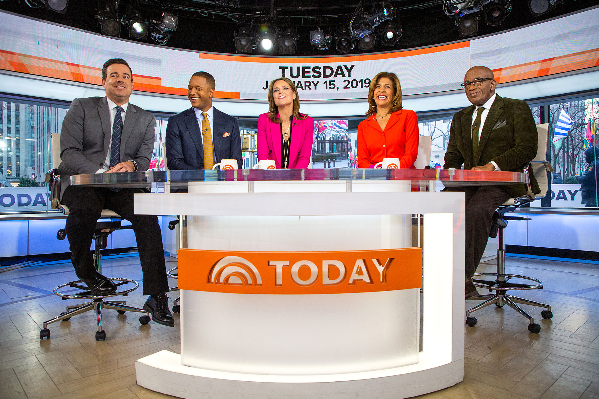 Carson Daly Reveals He Is 'Scared of Loving' His Three Kids Too Much - (L-R) Carson Daly, Craig Melvin, Savannah Guthrie, Hoda Kotb and Al Roker during an episode of 'Today' January 15, 2019.