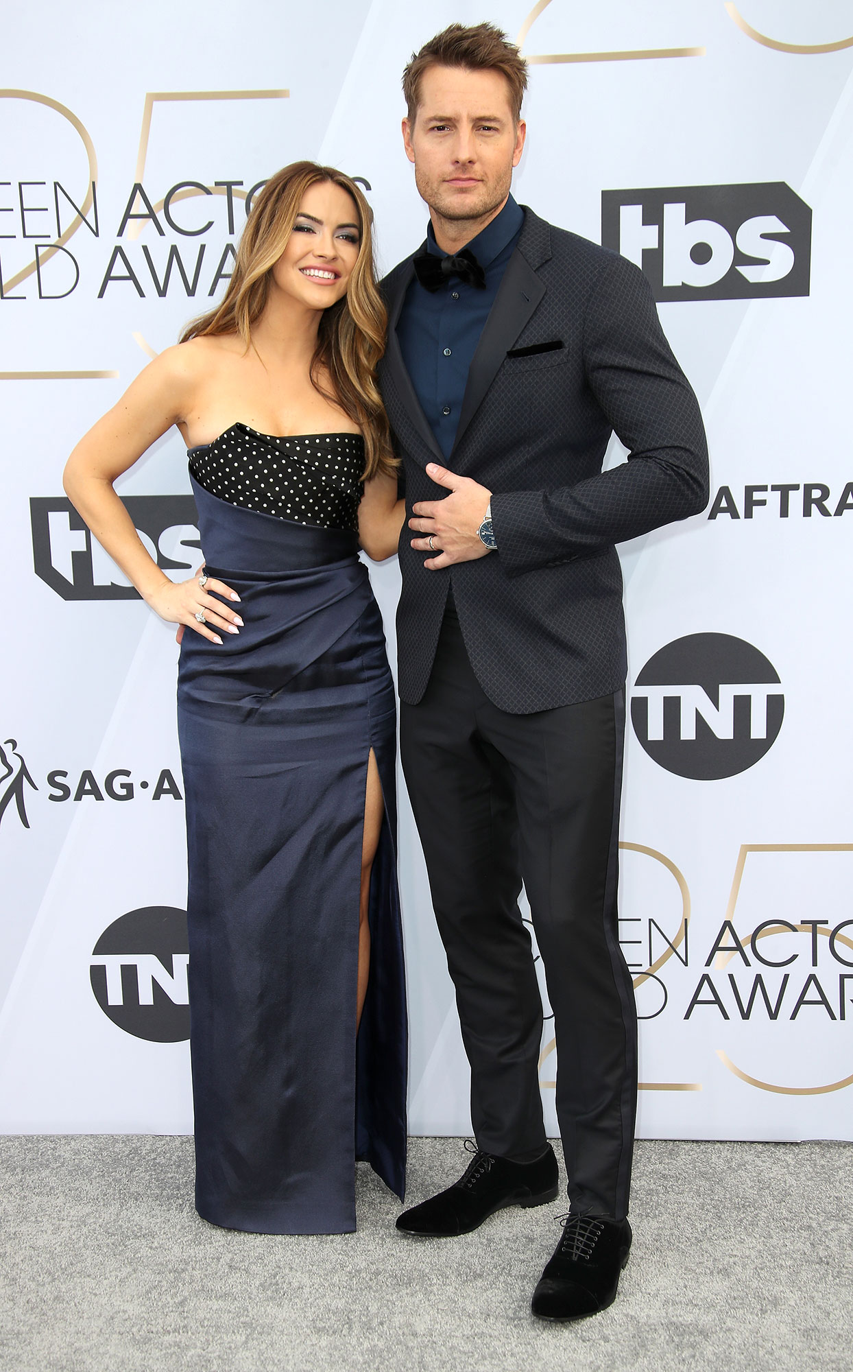 Chrishell Stause Is the 'Biggest Fan' of Husband Justin Hartley - Chrishell Stause and Justin Hartley attend the 25th Annual Screen Actors Guild Awards at The Shrine Auditorium on January 27, 2019 in Los Angeles, California.