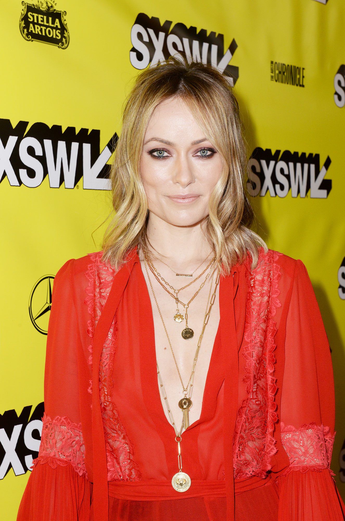 Olivia Wilde Celebs Are Here With All the Coachella Beauty Inspo You Need - In addition to coating her lids in a rich plum color, makeup pro Mélanie Inglessis lined the Booksmart director's bottom lashline at SXSW for a sultry effect. Oh, and special shoutout to her bedhead waves.