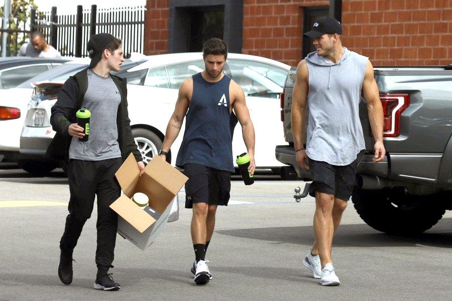 Colton Underwood, Gregg Sulkin Hit the Gym