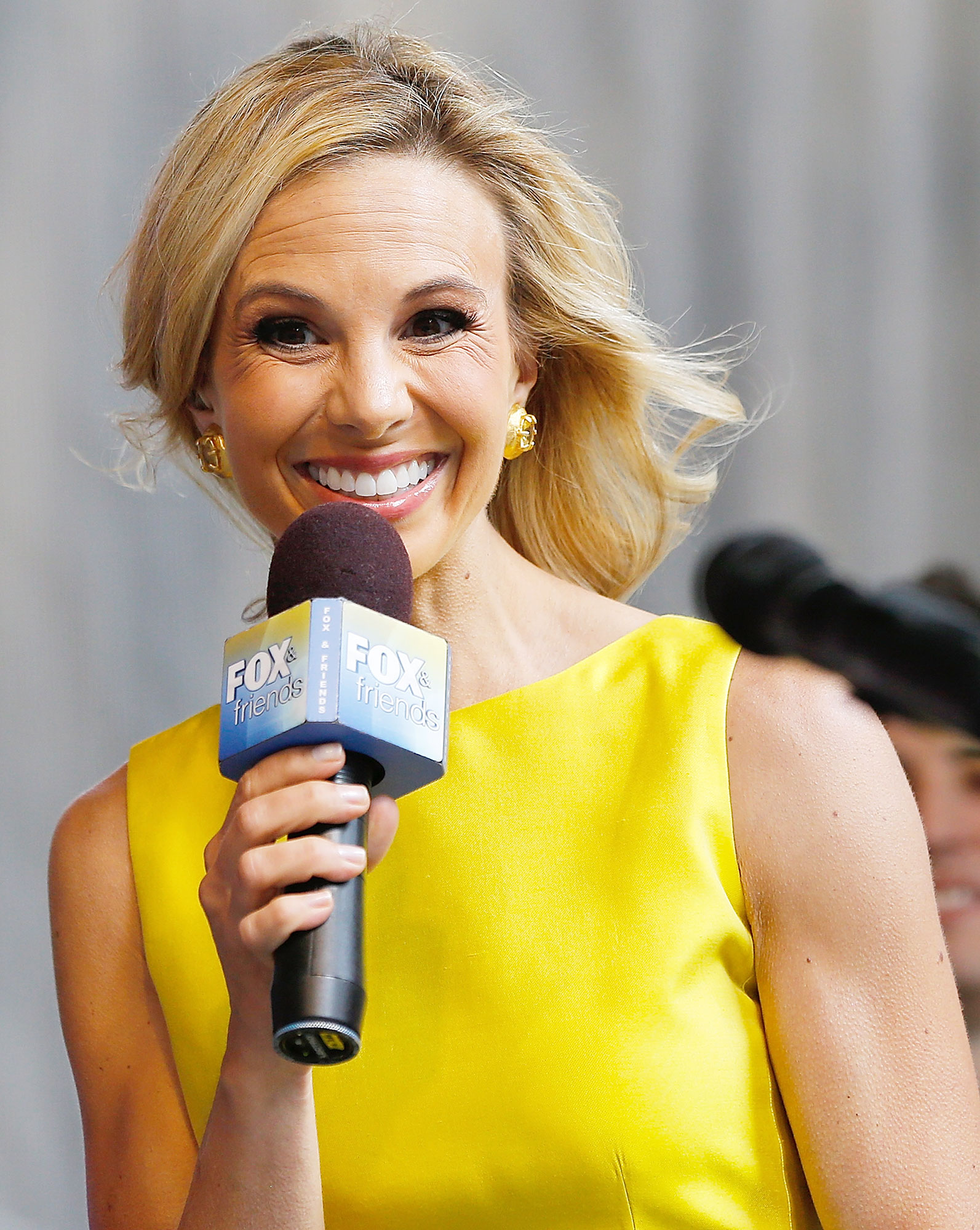 "Elisabeth Hasselbeck Rosie O'Donnell Tumultuous Past - After Behar called Hasselbeck's comments ""below the belt"" and ""kind of a nasty thing to say,"" the former reality star — who was dismissed from the show in 2013 — defended herself on Instagram. "" I don't hate Rosie ,"" she wrote."