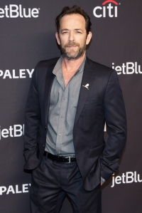 Fans React to Luke Perry's Death With Emotional Tributes