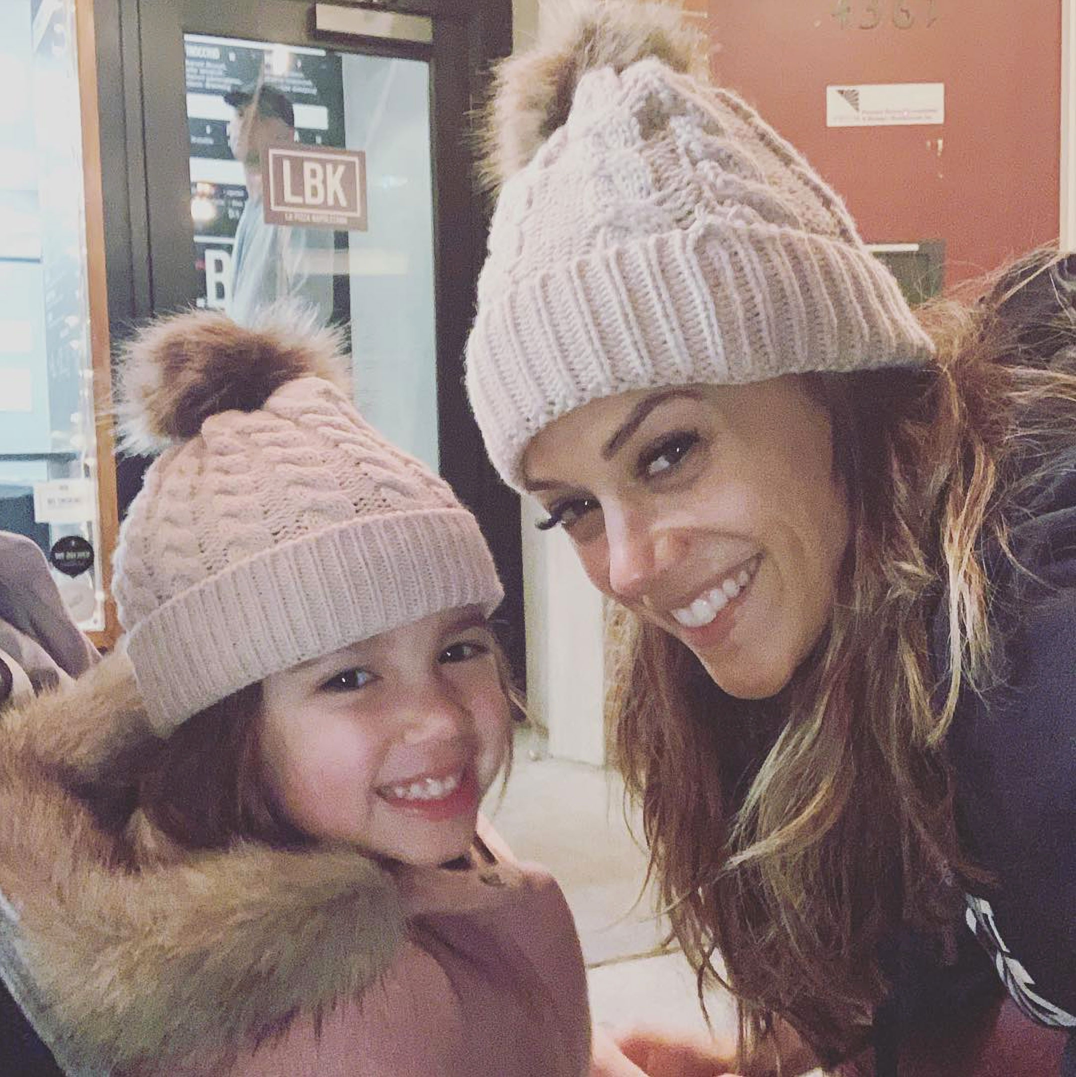 Jana Kramer Claps Back Mom Shamers Daughter Temper Tantrum