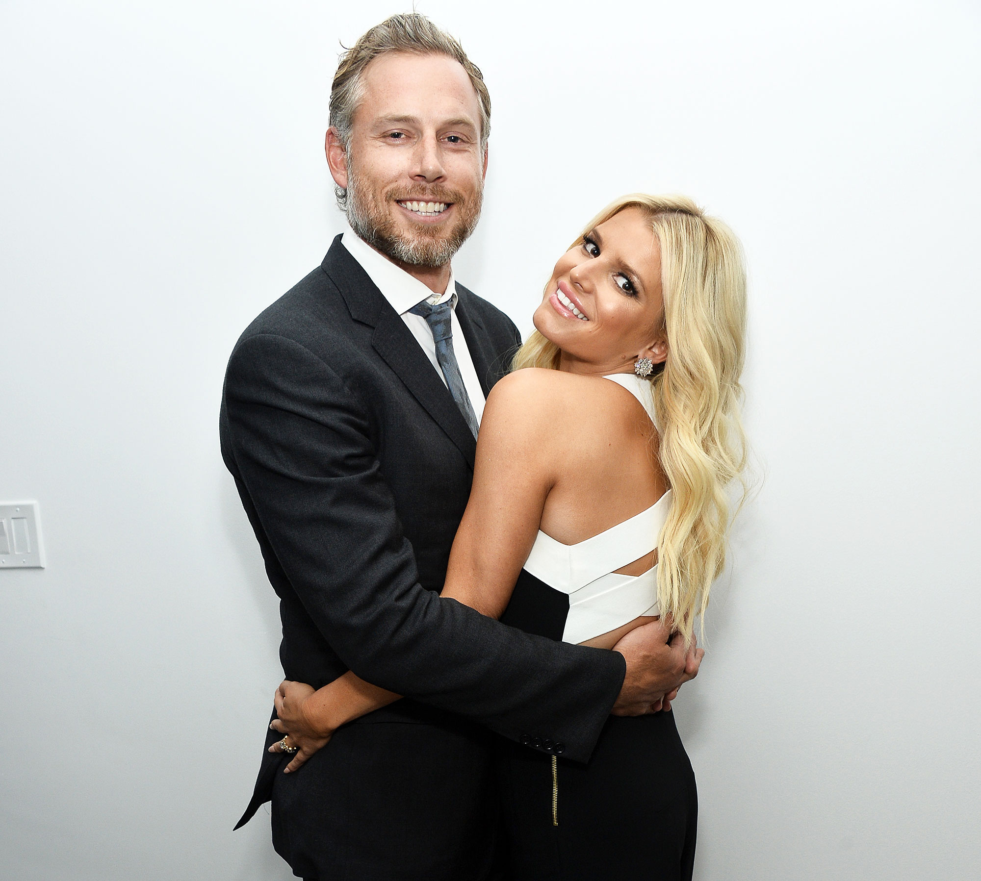 """Jessica Simpson Eric Johnson Celebrity Babies of 2019 - Singer Jessica Simpson and her husband Eric Johnson attend a special preview of """"The Gleason Project"""" at ZEFR Warehouse on April 23, 2015 in Venice, California."""