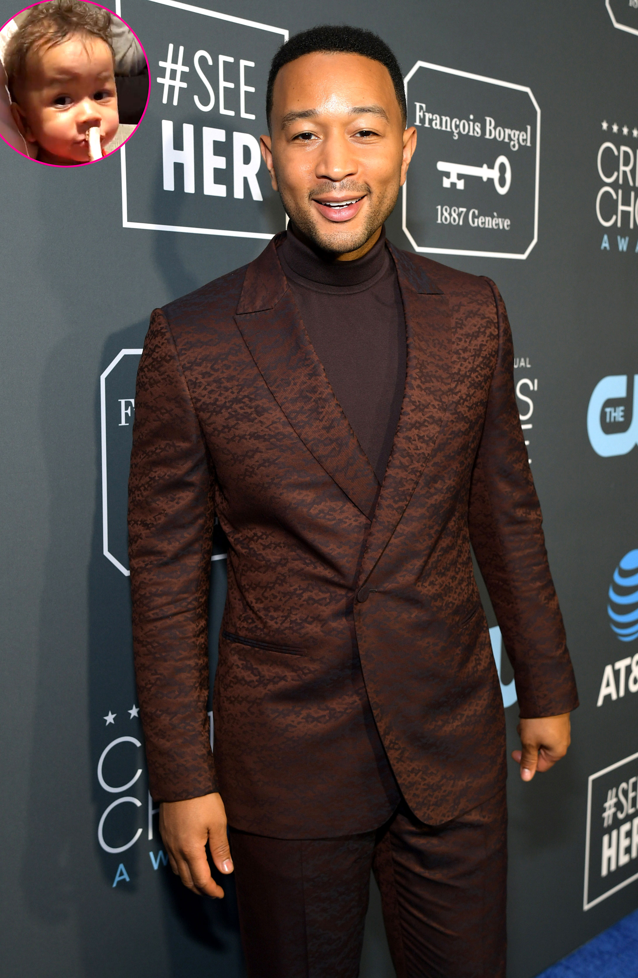 Twins! John Legend and Son Miles Adorably Eat Ribs Together - John Legend attends the 24th annual Critics' Choice Awards at Barker Hangar on January 13, 2019 in Santa Monica, California.