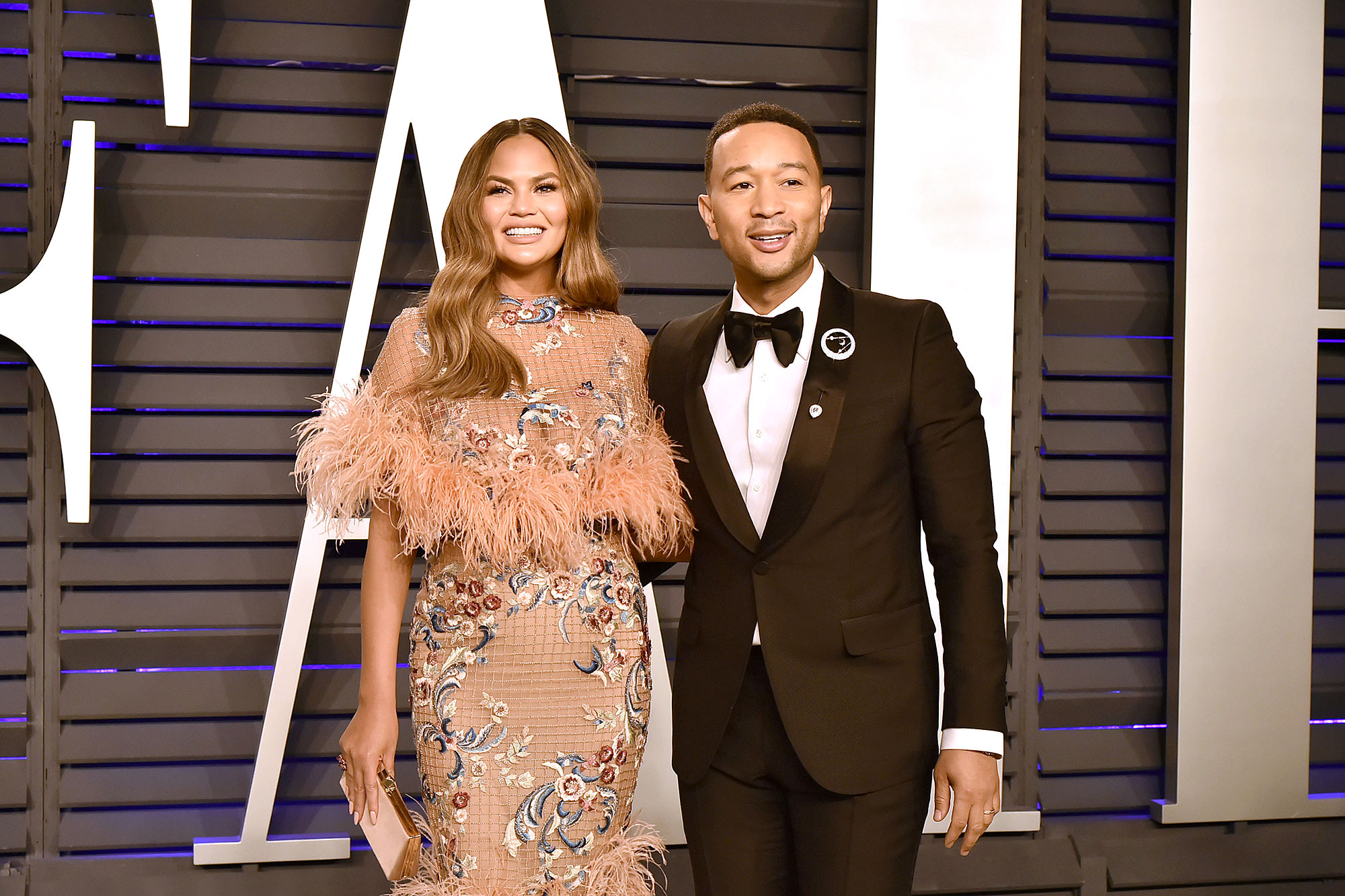 John Legend on College Scam - Chrissy Teigen and John Legend attend the 2019 Vanity Fair Oscar Party at Wallis Annenberg Center for the Performing Arts on February 24, 2019 in Beverly Hills, California.