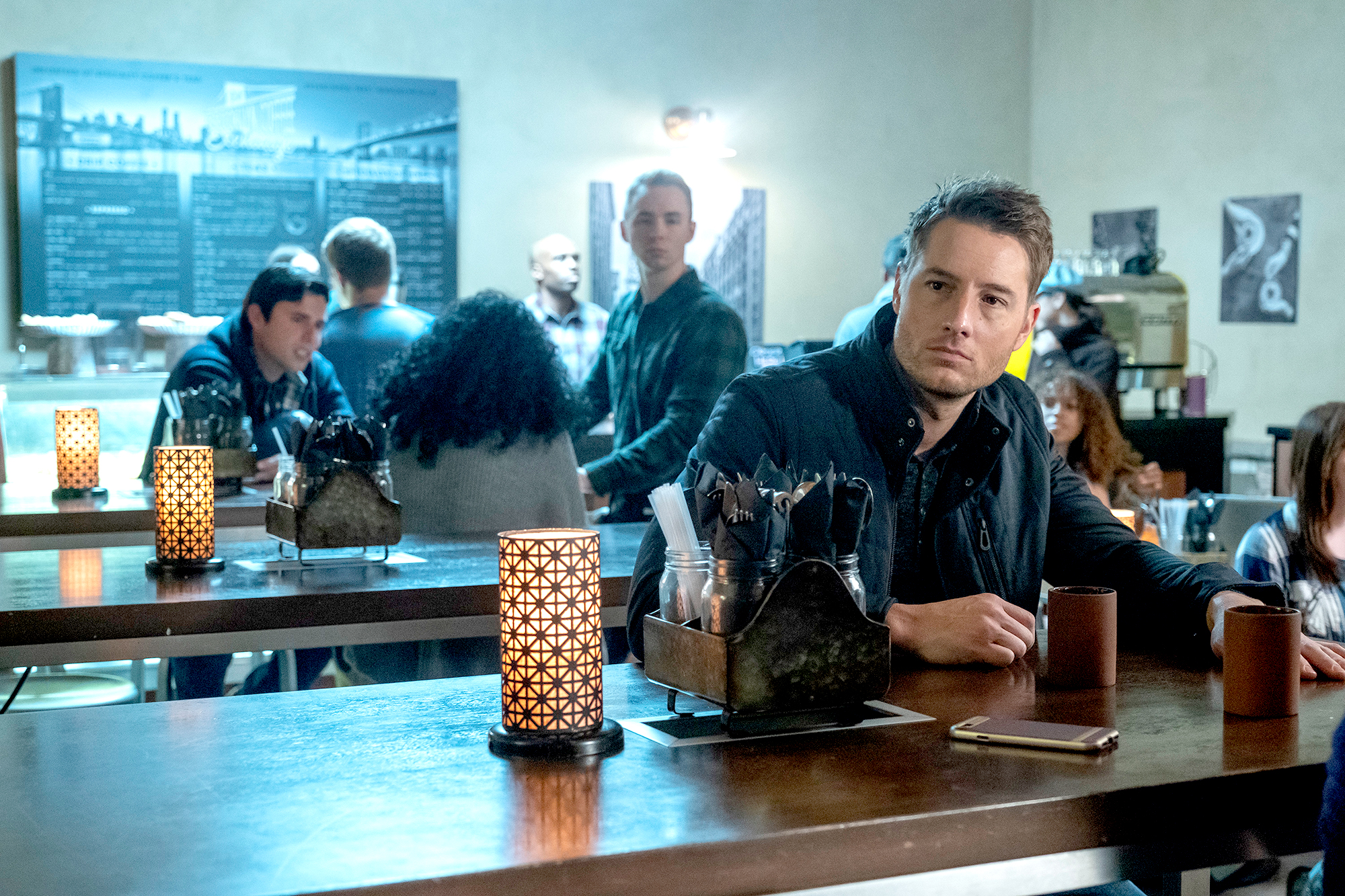 Justin-Hartley-This-Is-Us-recap - Justin Hartley as Kevin Pearson on This Is Us