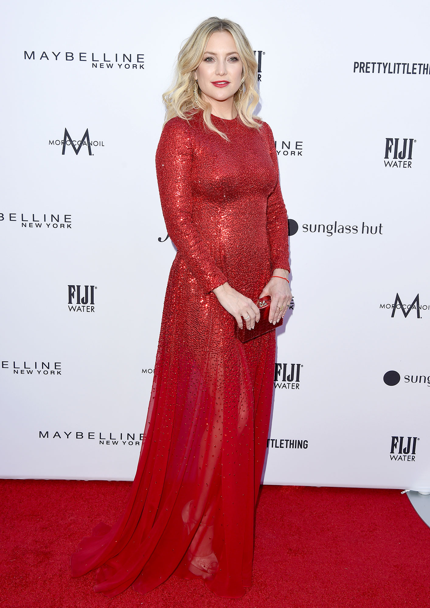 Stars Brought Their Style A-Game to the Daily Front Row Fashion Awards - The Fabletics founder stunned in a red Oscar de la Renta gown with a shiny matching clutch.