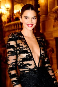 Kendall Jenner Makes Cow Print Nails a Thing for Spring