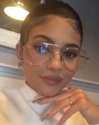9d25b25ff5ed6 Kylie Jenner Makes Oversized Thin-Frame Glasses Hot Again — Shop the Look