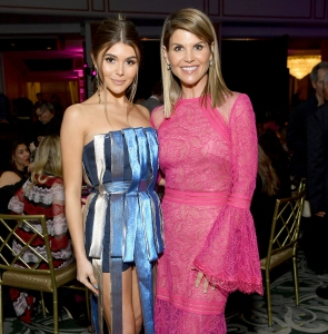 Lori-Loughlin's-Daughter-Once-Apologized-for-Seeming-Ungrateful-for-College