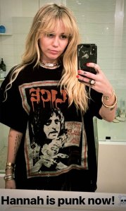 Miley Cyrus Cut and Dyed Her Hair to Look Just Like Hannah Montana