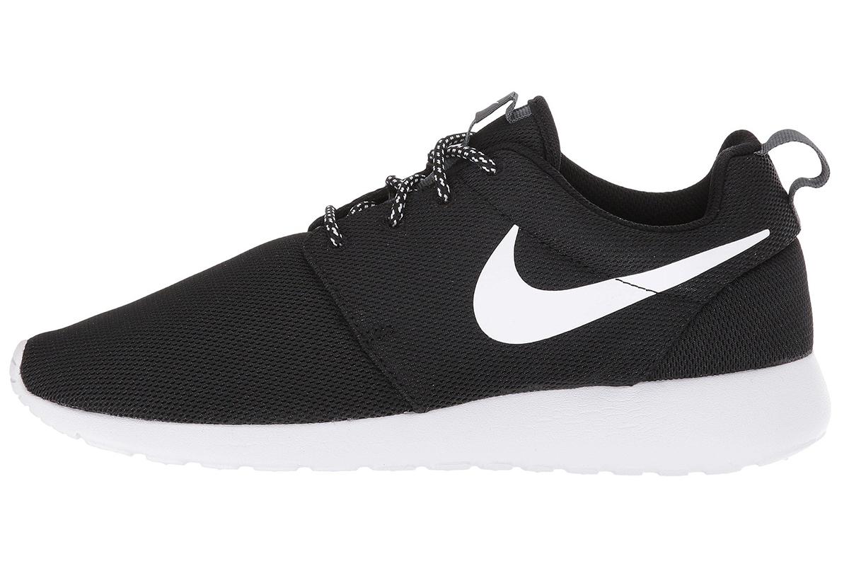 Nikes Black