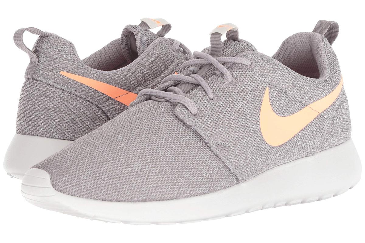 Nikes Grey