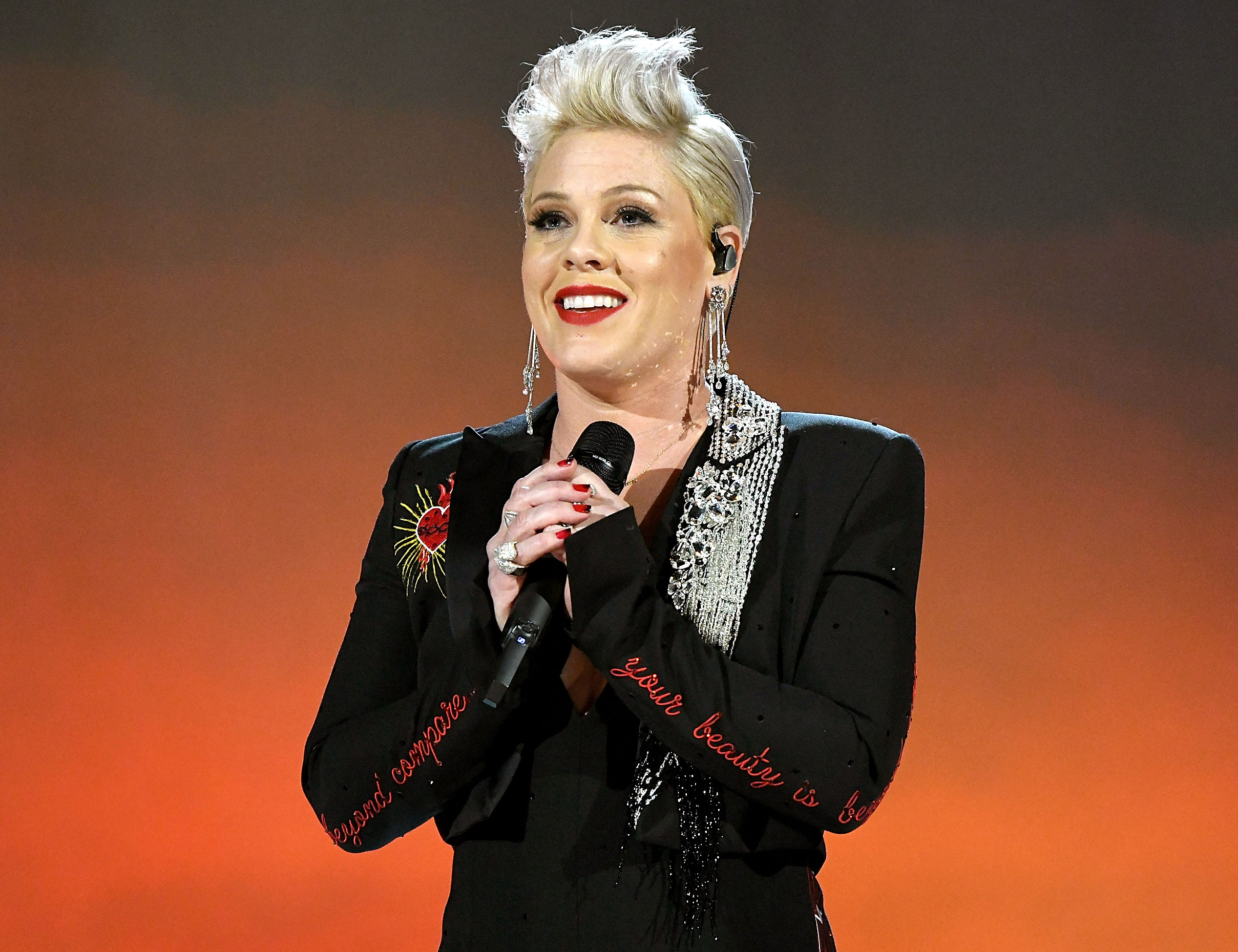 Pink Shares Sweet Pic With Her Kids As She Starts New Tour