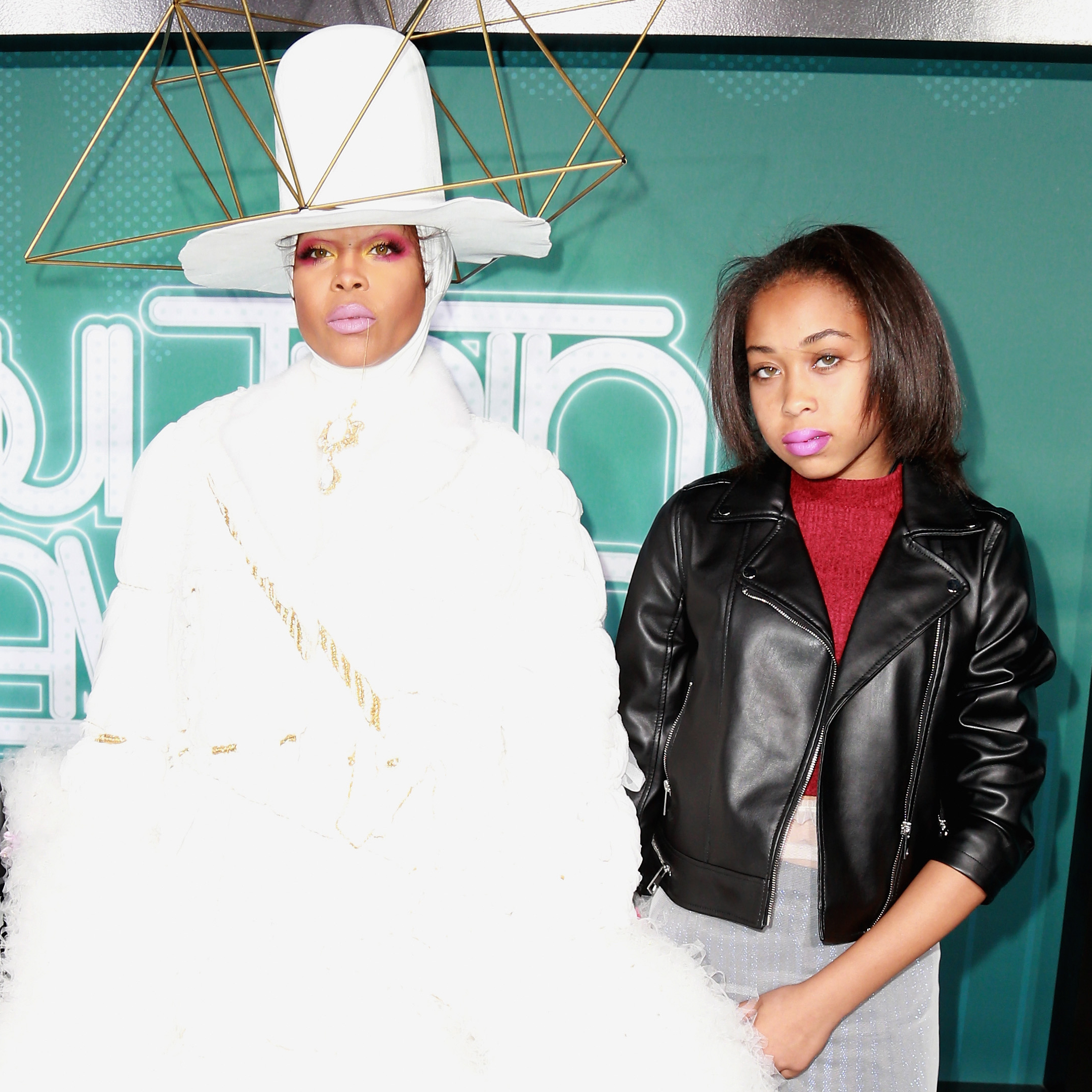 Puma-Sabti-Curry-Erykah-Badu - Singer Erykah Badu and rapper The D.O.C. welcomed their daughter, Puma, in 2004. Badu also shares Seven Sirius Benjamin with OutKast's André 3000 and Mars Merkaba Thedford with Jay Electronica .