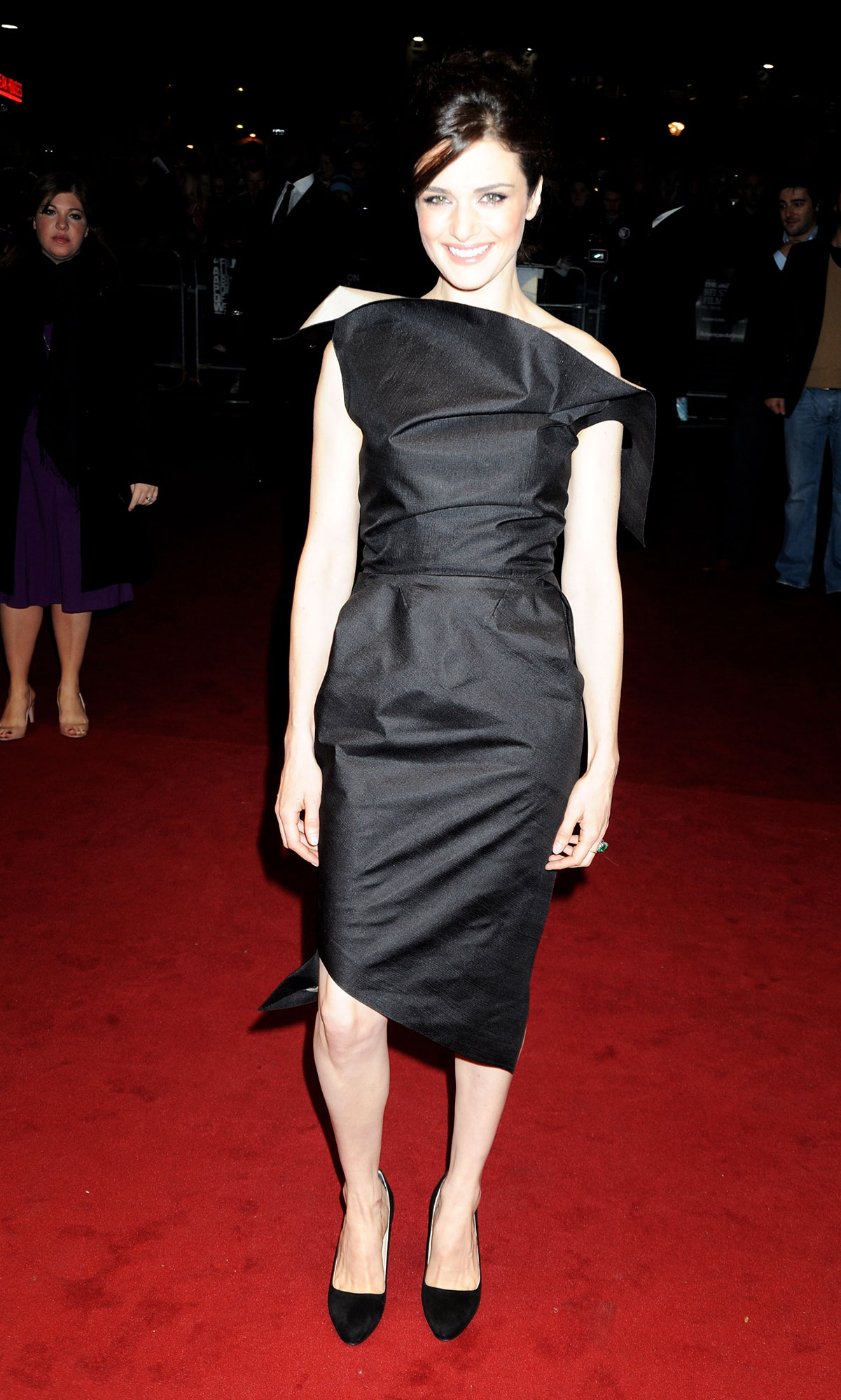Happy Birthday, Rachel Weisz! See Her Hottest Red Carpet Looks - The British star added a bit of structural dimension and asymmetry to her BFI London Film Festival look in 2008.