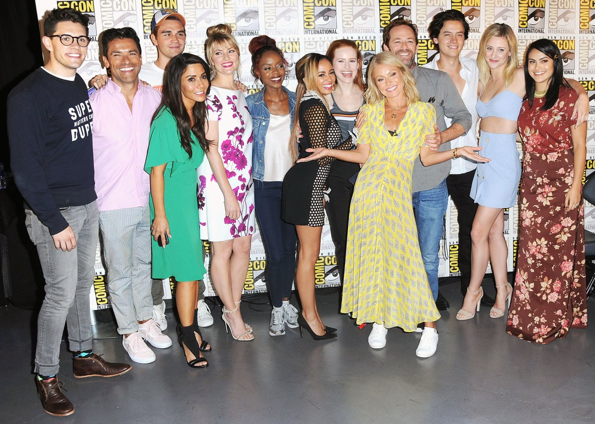 Riverdale' Cast Reacts to Costar Luke Perry's Death