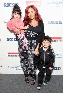 Snooki Daughter Giovanna Falling Off the Bed and Breaking Her Arm