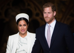 The Queen's Former Secretary: Why Windsor Is a Better Spot for Harry, Meghan Post-Baby