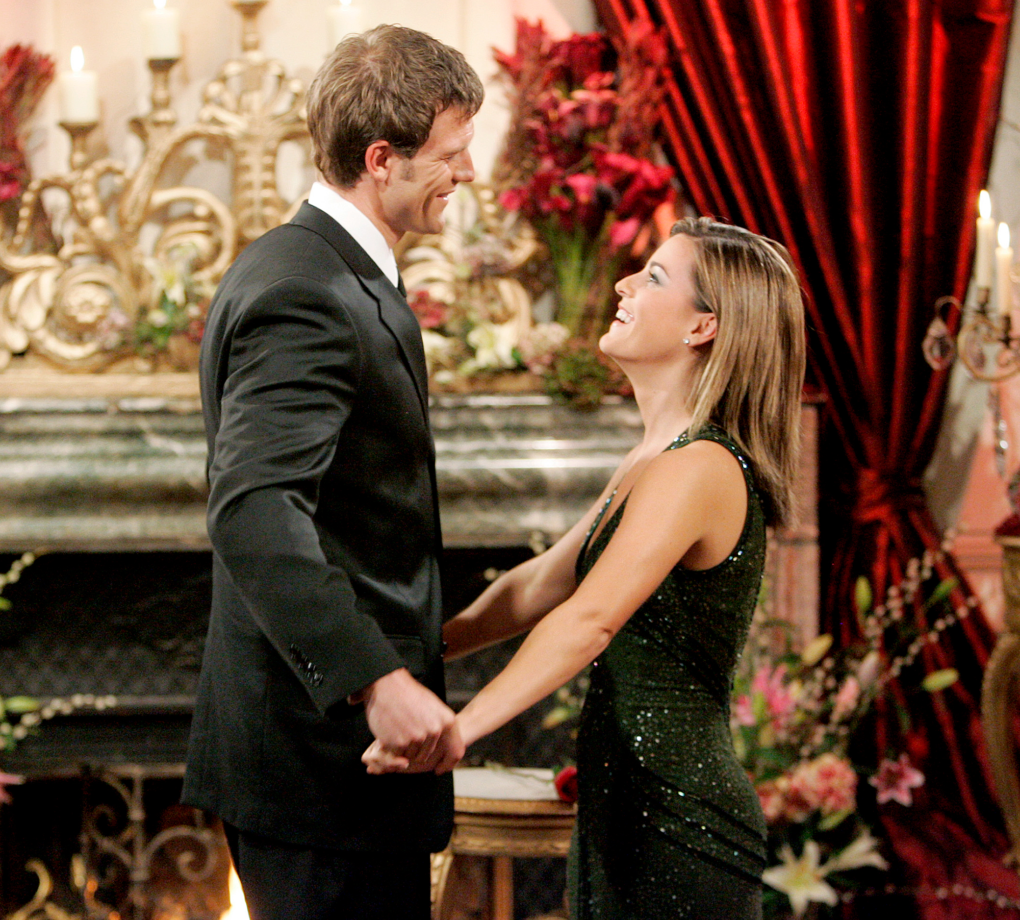 Travis-Stork-and-Sarah-Stone - The Doctors host did not propose to Sarah Stone during season 8. While they dated after the February 2006 finale, they called it quits shortly after the season aired.