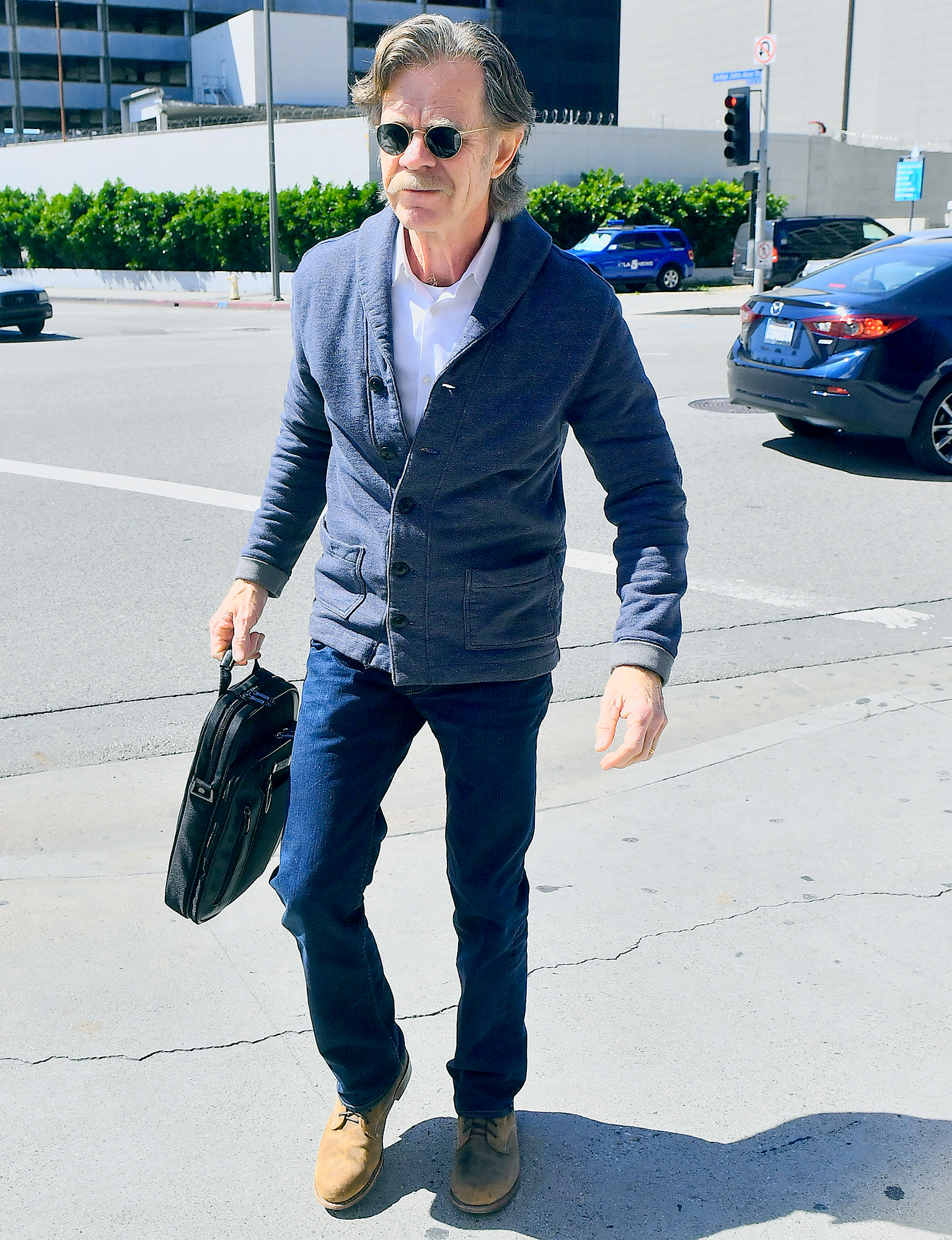 William-H.-Macy-Heads-to-Court-for-Felicity-Huffman's-Appearance