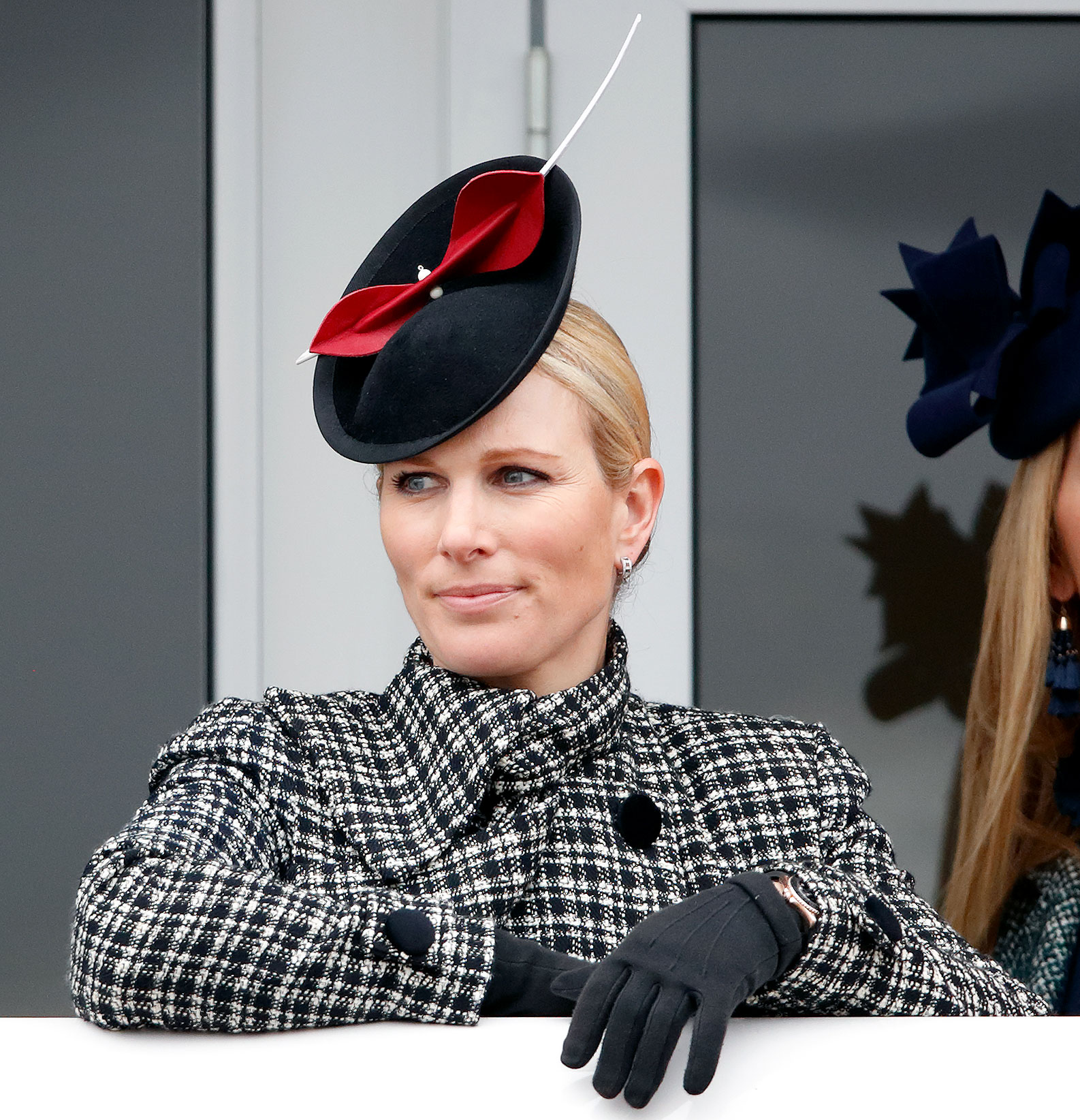 Prince Harry and Pregnant Duchess Meghan Attend His Cousin Zara Tindall's Daughter's Christening - Zara Tindall watches the racing as she attends day 4 'Gold Cup Day' of the Cheltenham Festival at Cheltenham Racecourse on March 15, 2019 in Cheltenham, England.