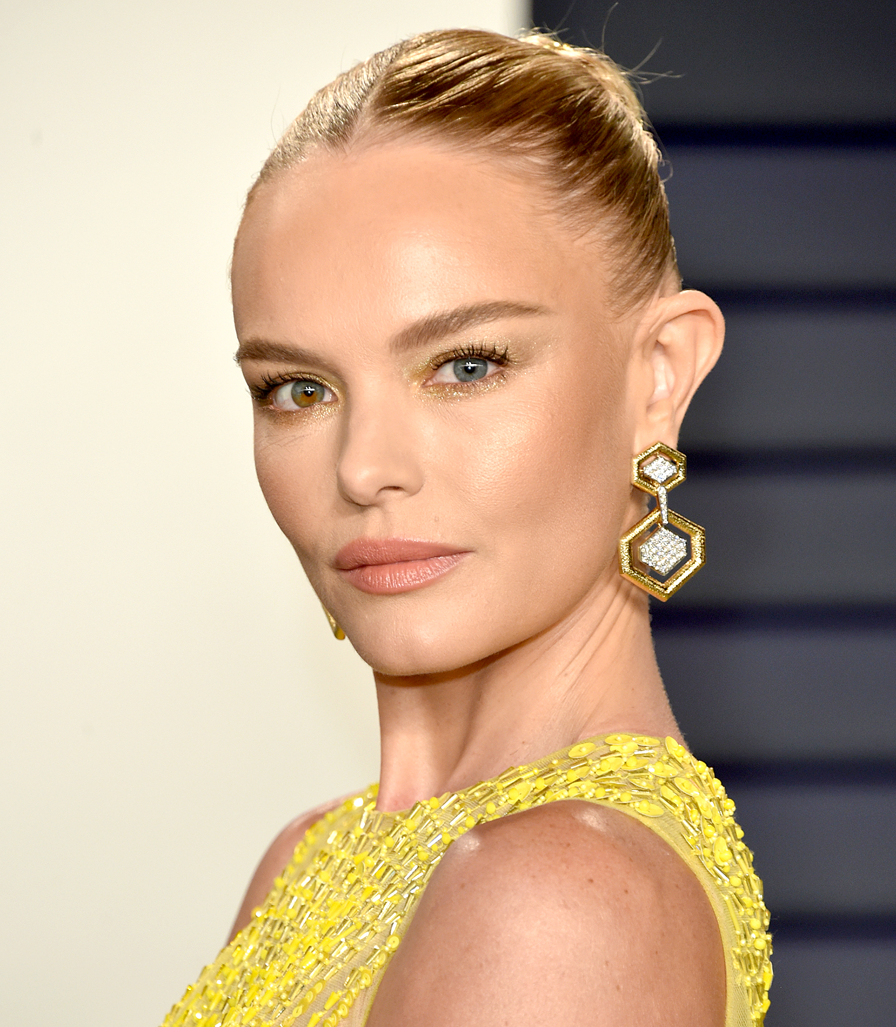 kate-bosworth-oscars-lipstick - Kate Bosworth attends the 2019 Vanity Fair Oscar Party hosted by Radhika Jones at Wallis Annenberg Center for the Performing Arts on February 24, 2019 in Beverly Hills, California.