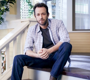luke-perry-honored-on-riverdale