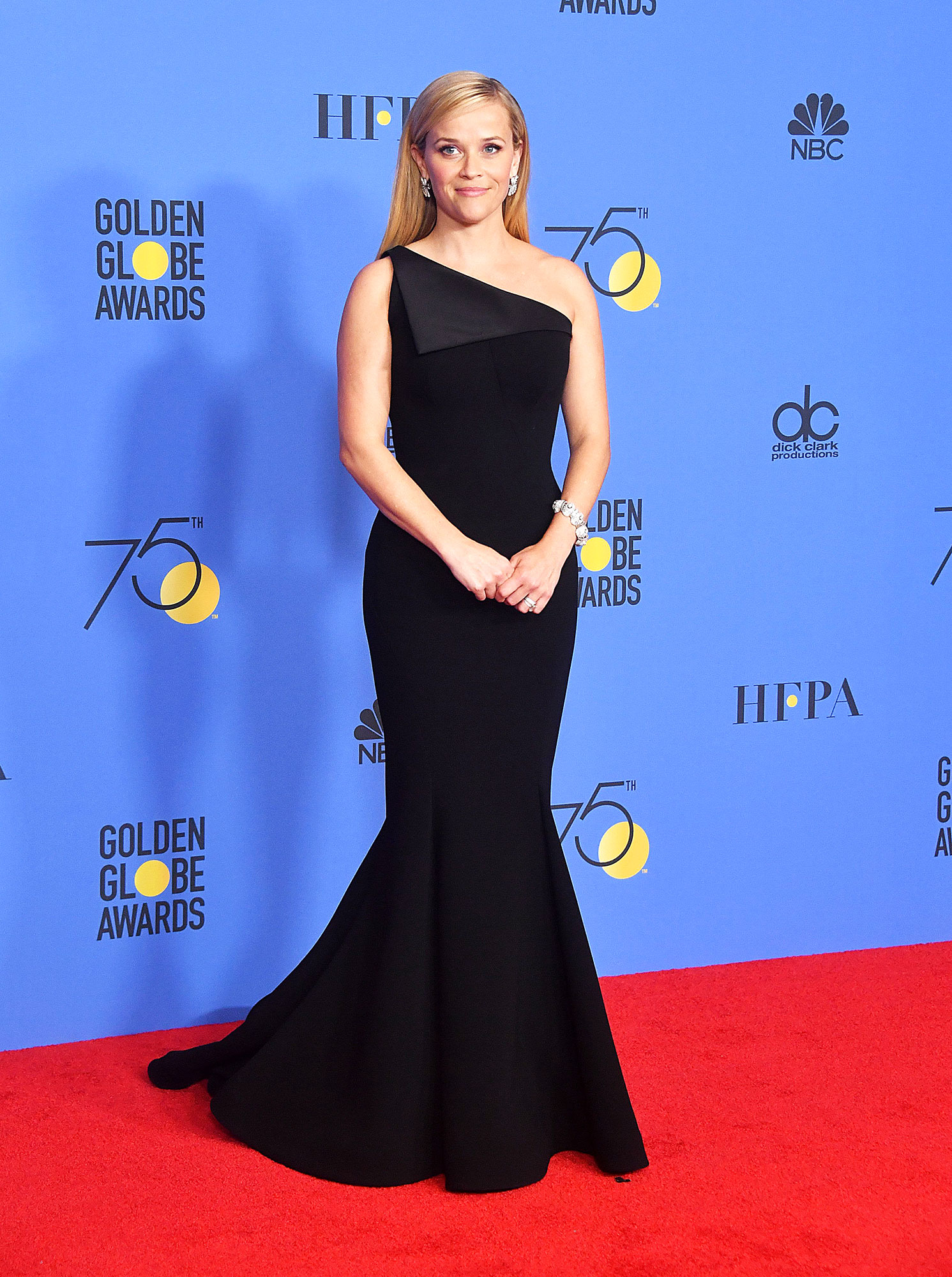 Birthday Girl Reese Witherspoon's Best Red Carpet Looks - Actress Reese Witherspoon poses during the 75th Golden Globe Awards on January 7, 2018, in Beverly Hills, California.