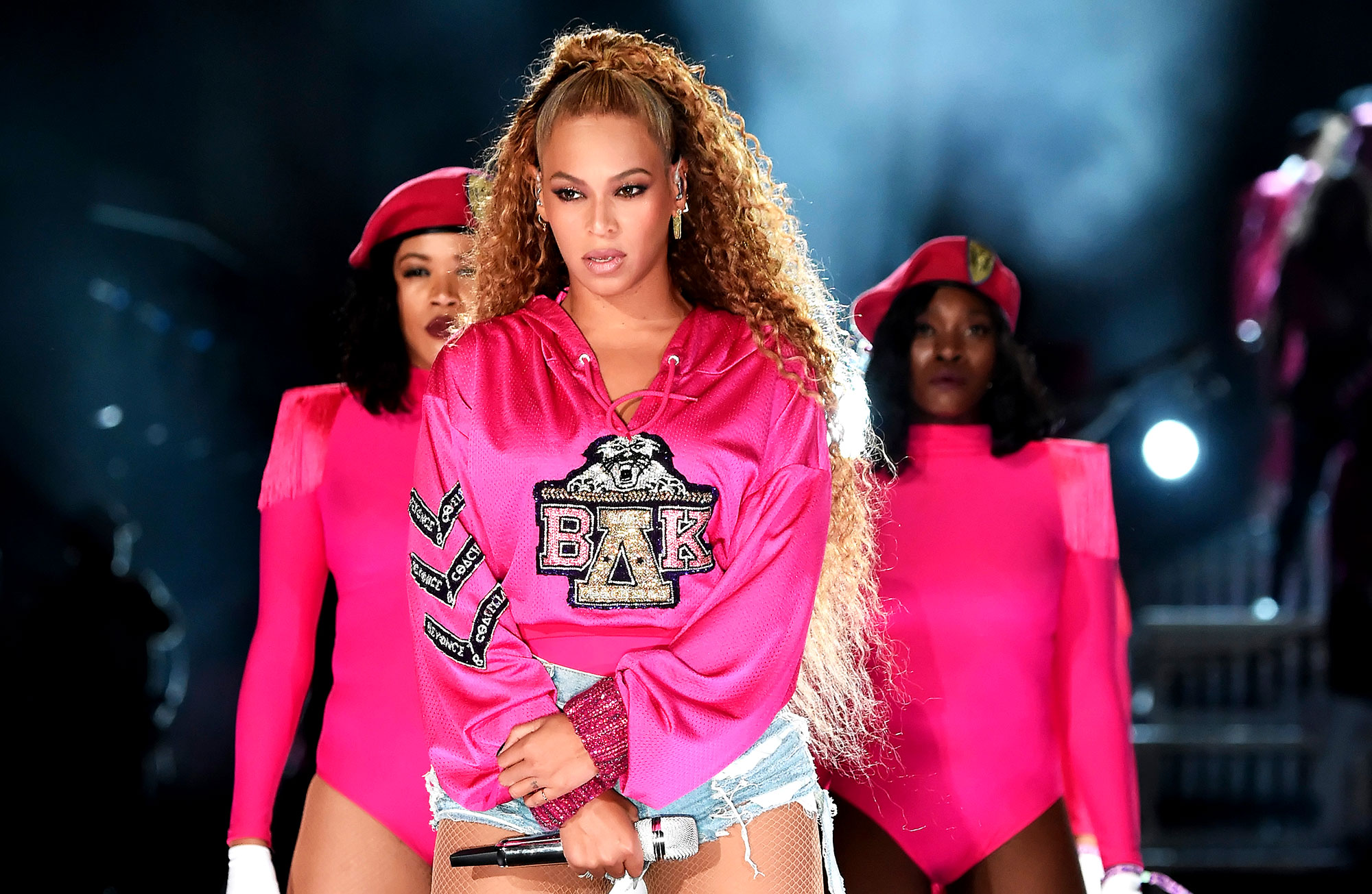 5 Spring Beauty Tips From Beyonce¹s Makeup Artist Sir John - Beyonce Knowles performs onstage during the 2018 Coachella Valley Music And Arts Festival at the Empire Polo Field on April 21, 2018 in Indio, California.