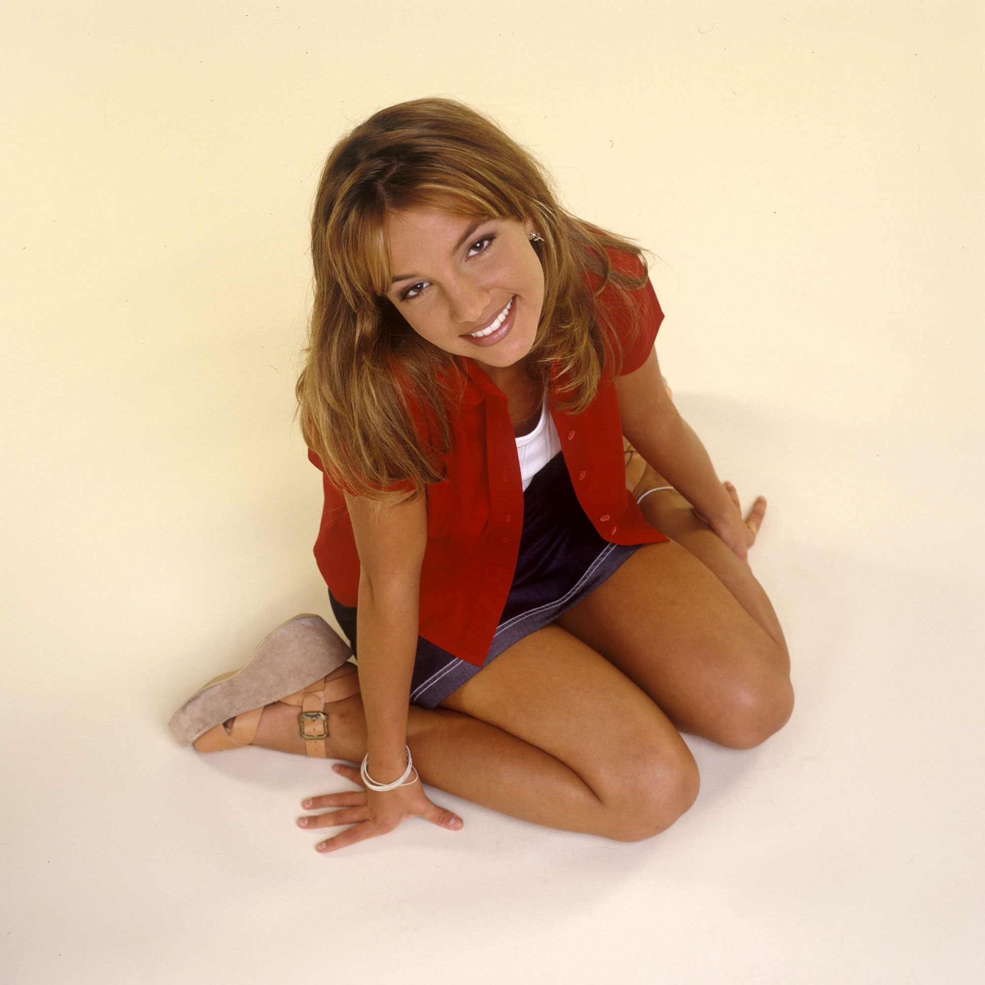 Britney Spears' Ups and Downs gallery - (EXCLUSIVE COVERAGE ? PREMIUM RATES APPLY) Britney Spears poses during a portrait session on October 2, 1998 in Los Angeles, California.