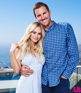 Amanda-Stanton-Sparks-Bobby-Jacobs-Split-Speculation
