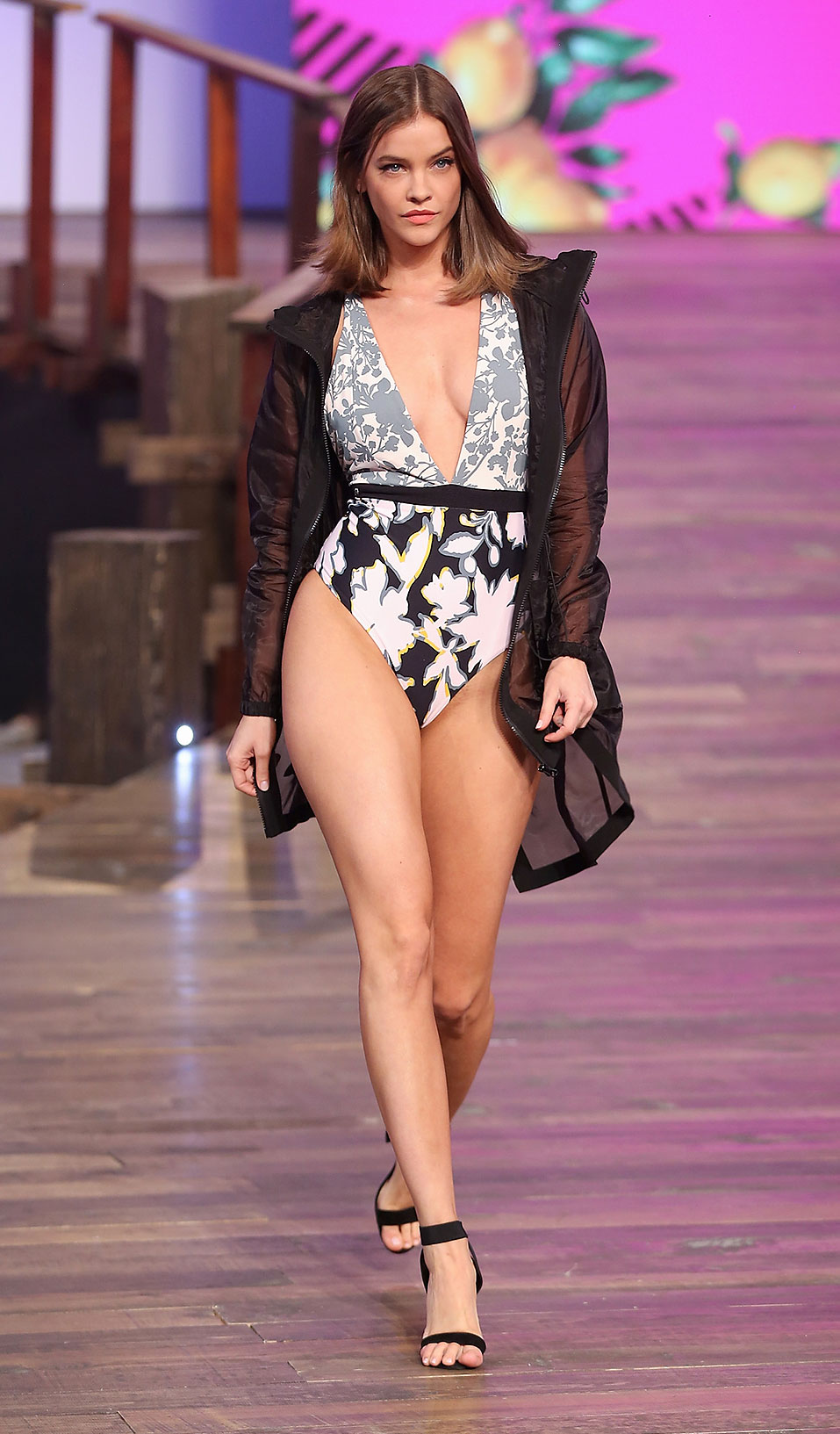 Barbara Palvin Runway - Model Barbara Palvin walks the runway during the Liverpool Fashion Fest Spring/ Summer 2019 at Quarry Studios on March 28, 2019 in Mexico City, Mexico.