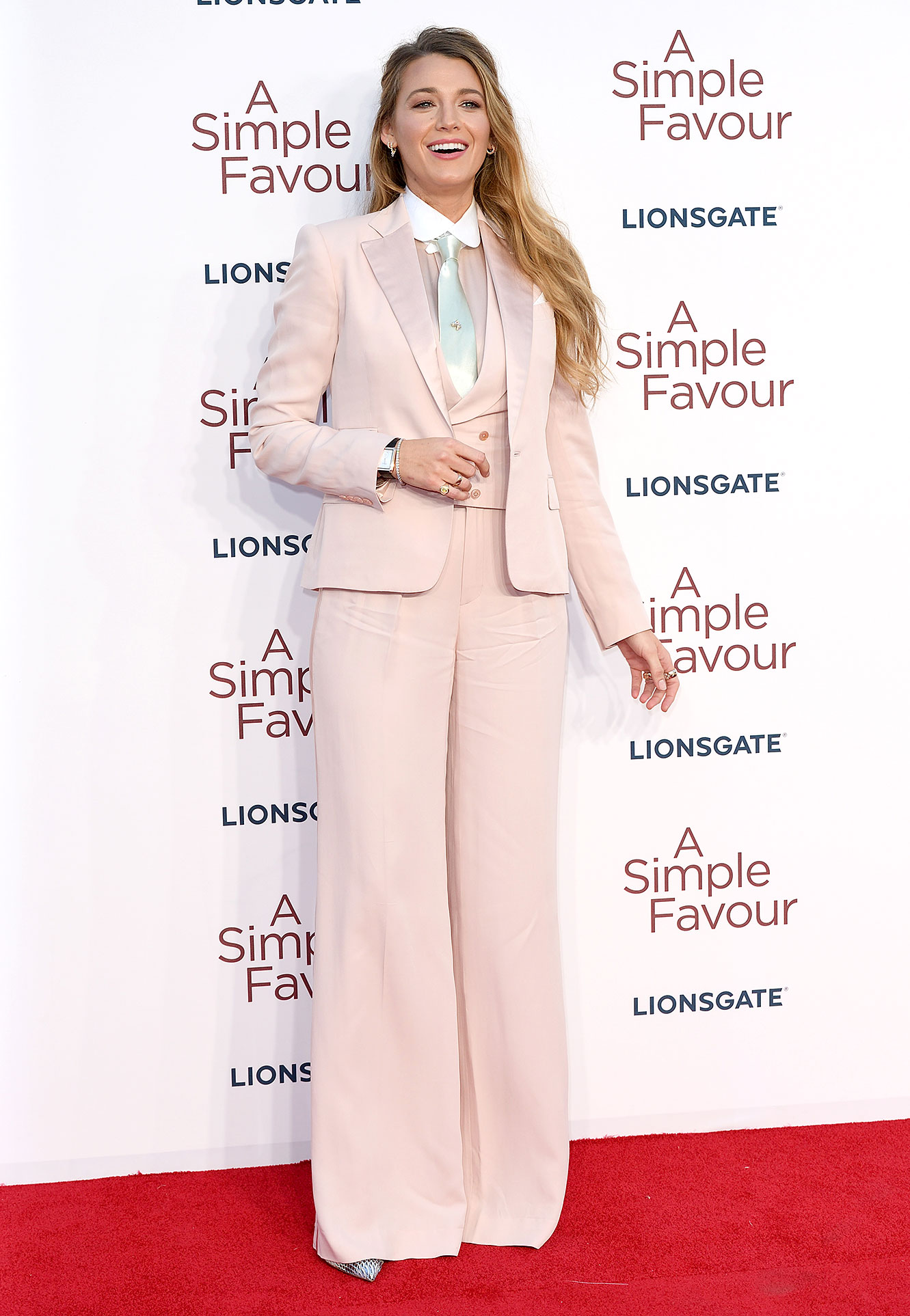 Blake Lively Red Carpet - Blake Lively attends the UK premiere of 'A Simple Favour' at BFI Southbank on September 17, 2018 in London, England.