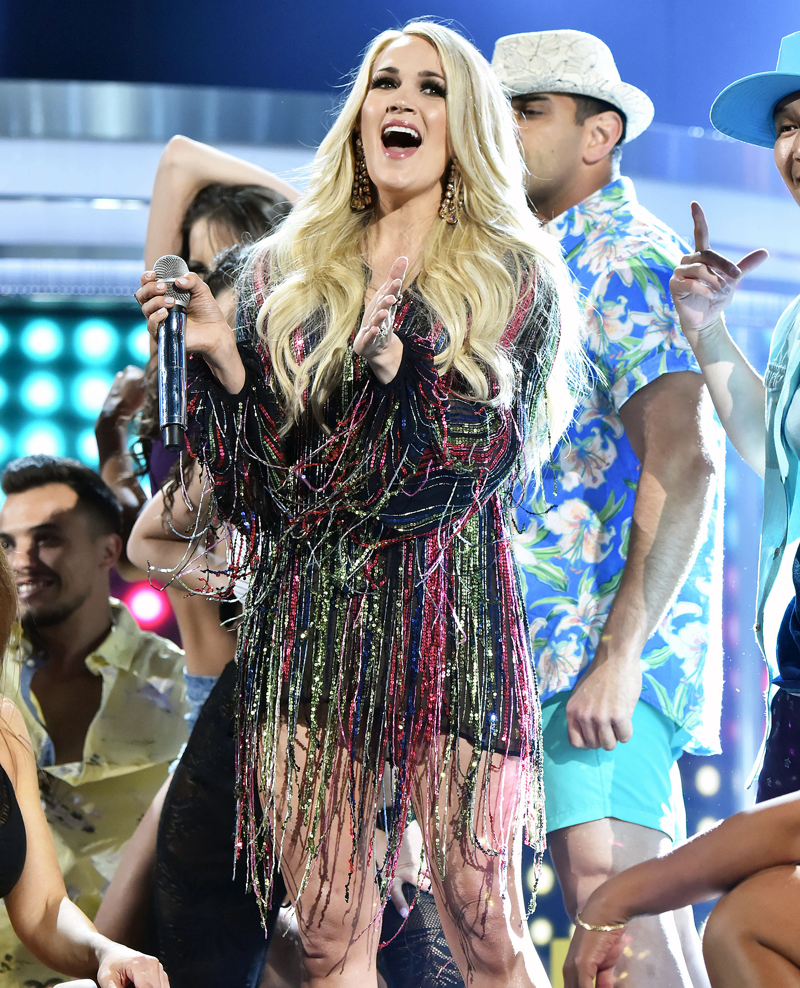 Carrie Underwood Performs After Baby ACM Awards 2019