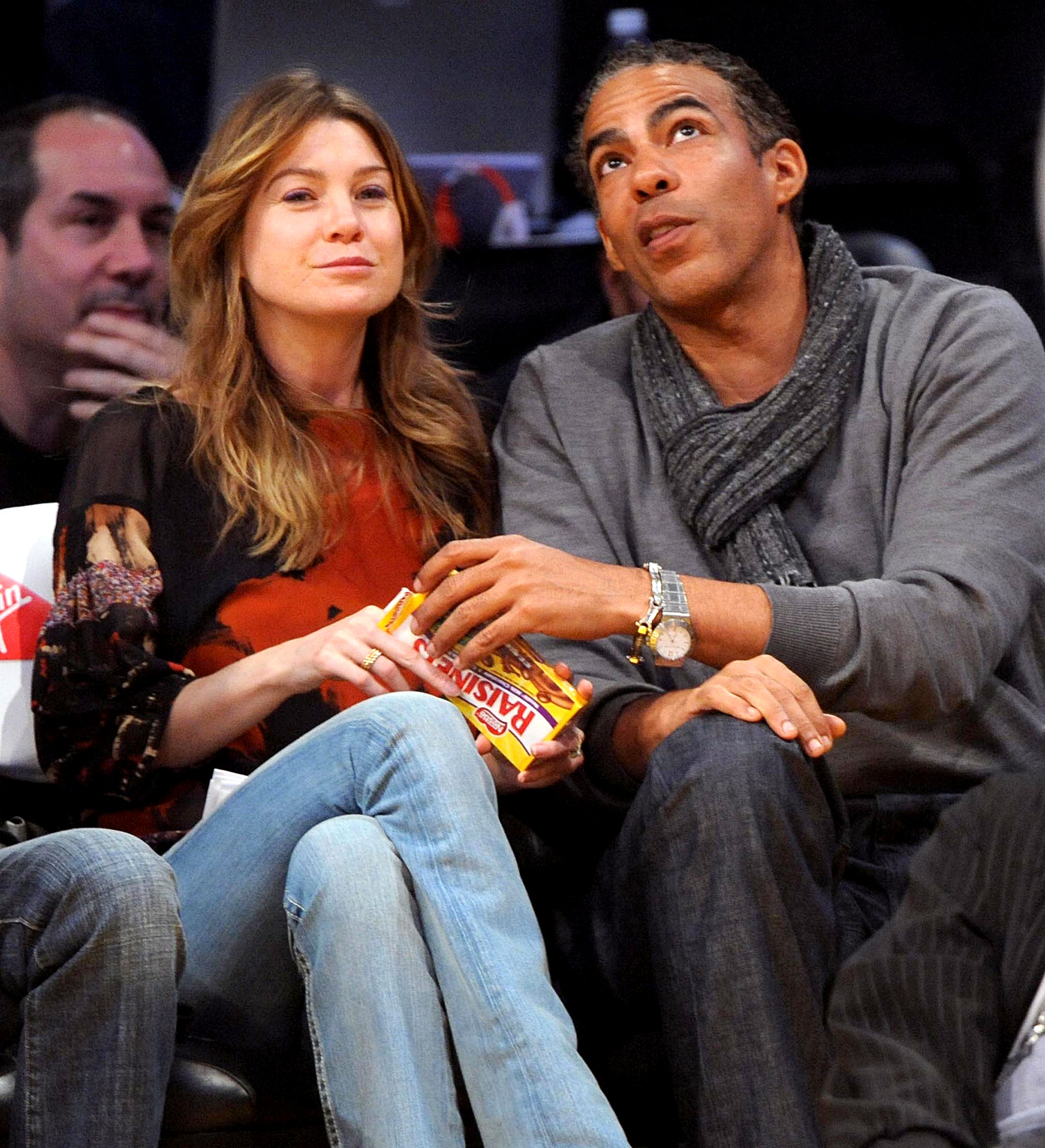 Celebs Eating Courtside - The husband and wife team managed to share a box of Rasinettes without taking their eyes off the game between the Los Angeles Lakers and the Miami Heat at the Staples Center in Los Angeles on January 11, 2009.