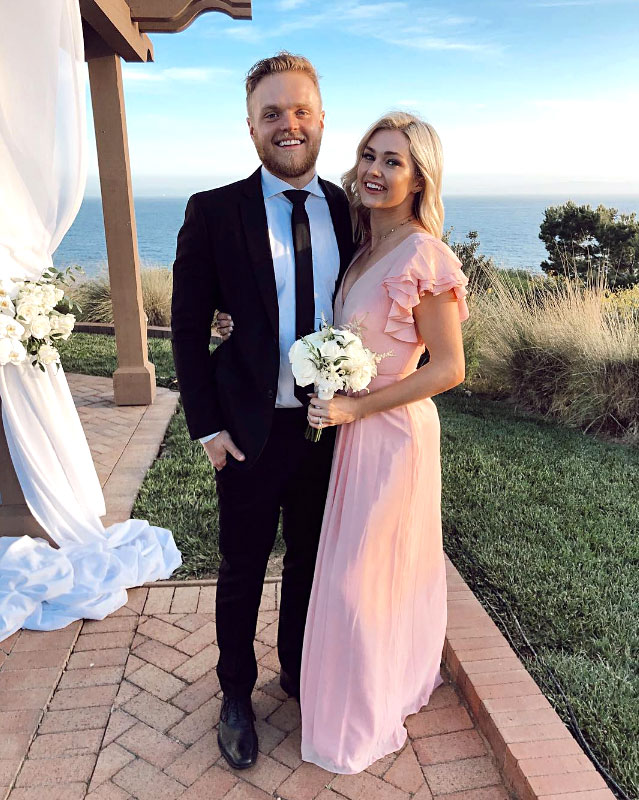 Celebs Party Val Chmerkovskiy Jenna Johnson Wedding - Arnold is another DWTS pro who's been married for three years — and the couple were dressed to the nines on Saturday.
