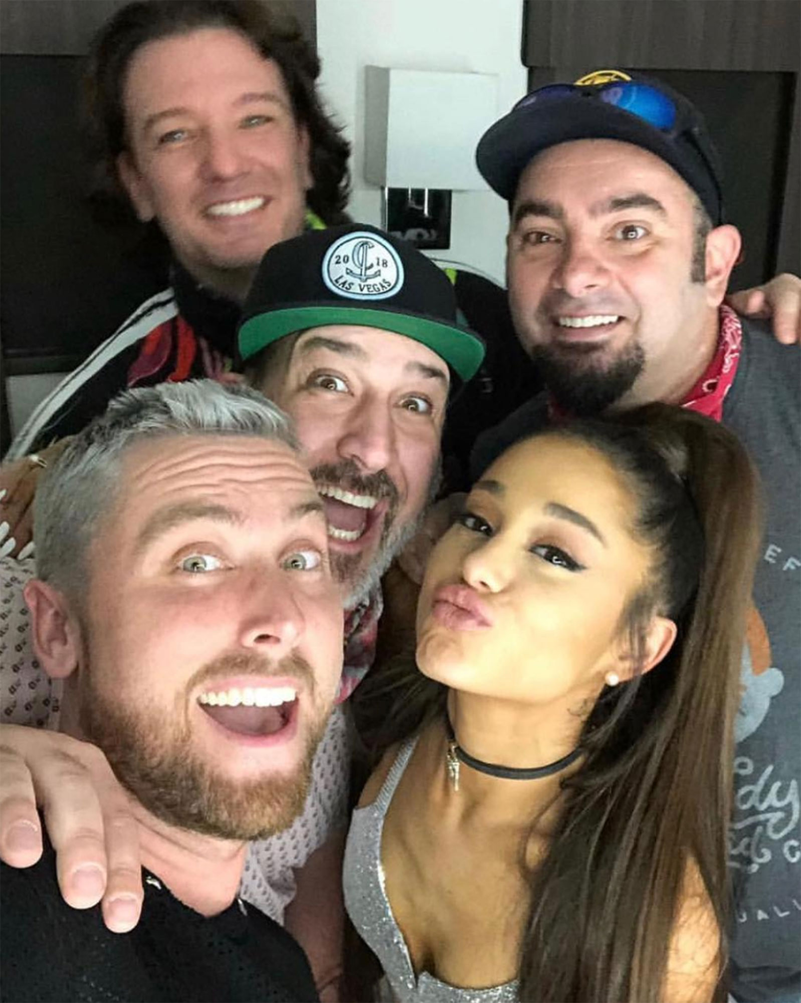 "ariana grande NSYNC Joey Fatone, Lance Bass, Chris Kirkpatrick, and JC Chasez coachella - The ""7 Rings"" songstress took an adorable selfie with her special guests, 'NSync . Justin Timberlake , who was absent from the set , shared the photo on Instagram on April 15, writing,""You guys killed it last night."""
