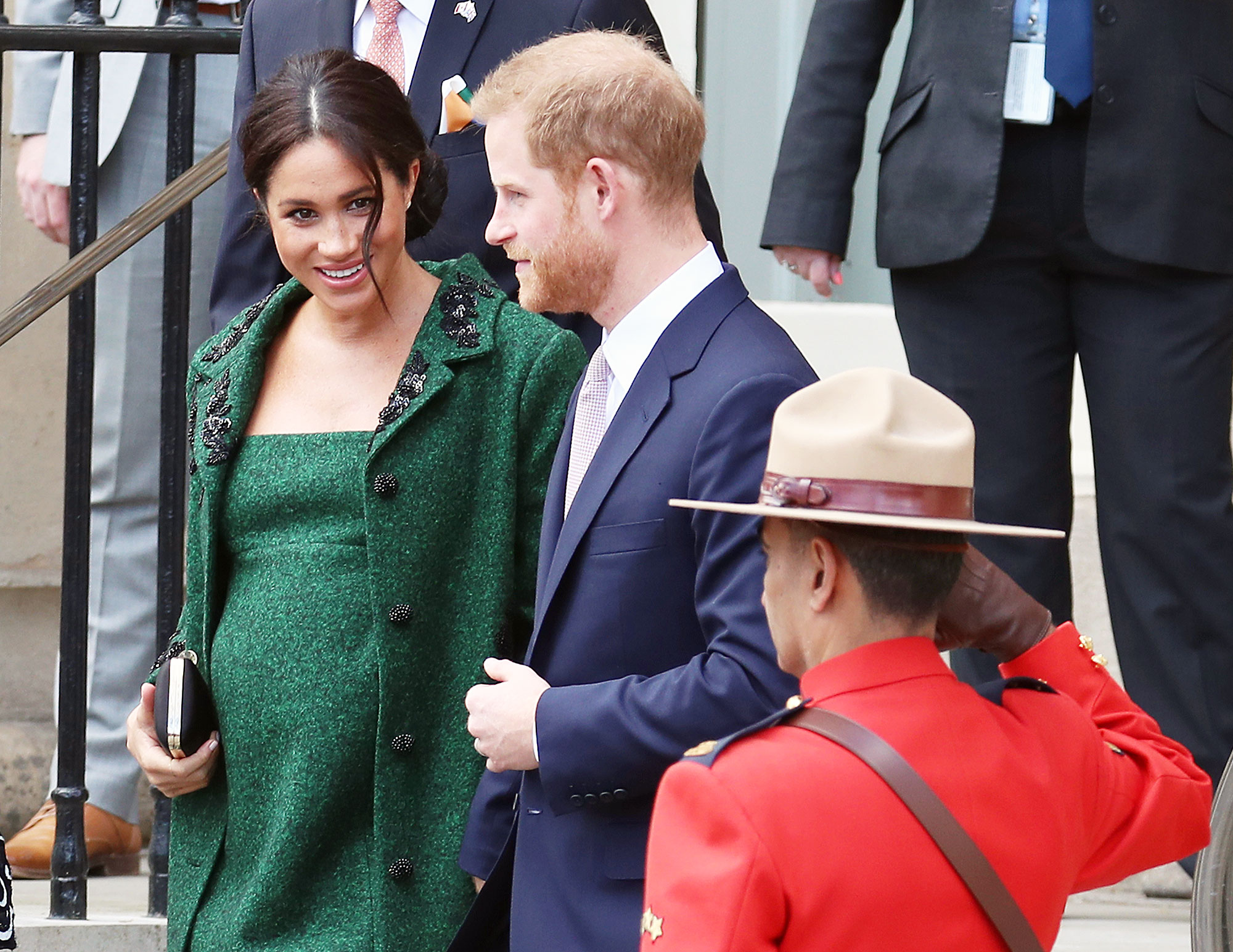 Duchess Meghan Royal Baby Photo Op