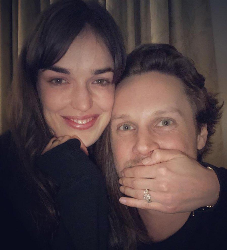 Elizabeth-Henstridge-and-Zachary-Burr-Abel-engaged