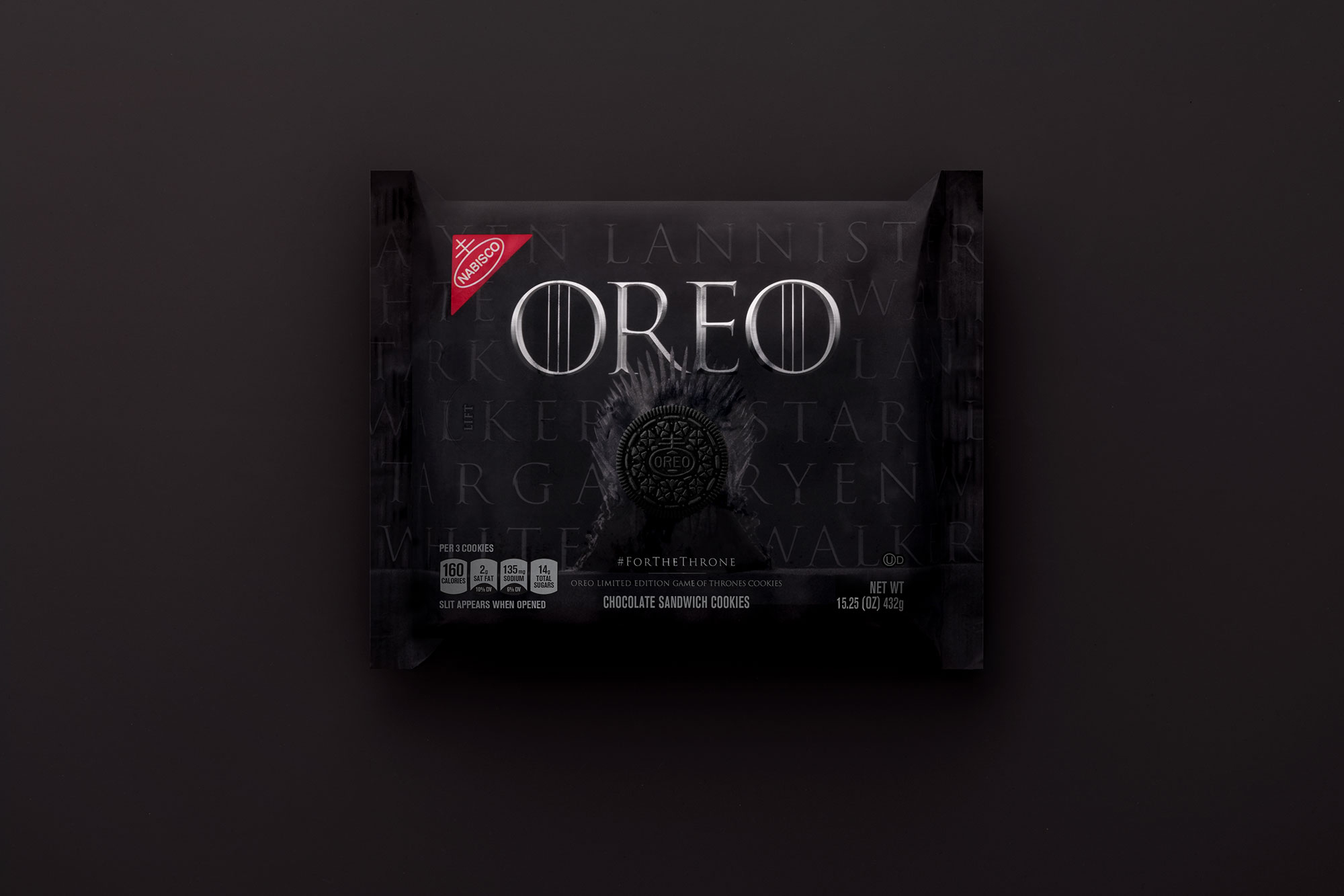 Game of Thrones Final Season Food - There's no shortage of different varieties of America's favorite cookie, but the GOT -themed Oreos set themselves apart from the brand's other confections because they feature four unique embossments spotlighting the Great Houses still battling for the Iron Throne and the enemy White Walkers beyond the wall. Fans can pledge their fealty for House Lannister, House Targaryen, House Stark or The Night King by visiting oreo.com.