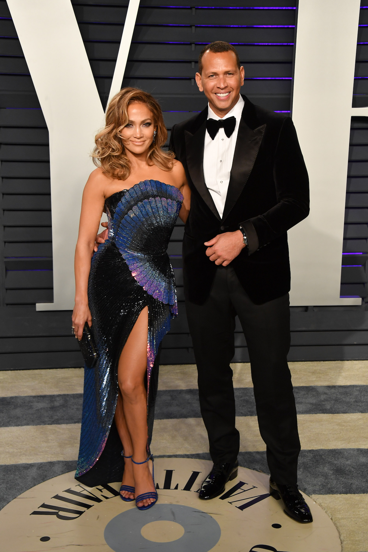 Alex Rodriguez Rehearsed His Proposal to Jennifer Lopez - Jennifer Lopez and Alex Rodriguez attend the 2019 Vanity Fair Oscar Party hosted by Radhika Jones at Wallis Annenberg Center for the Performing Arts on February 24, 2019 in Beverly Hills, California.