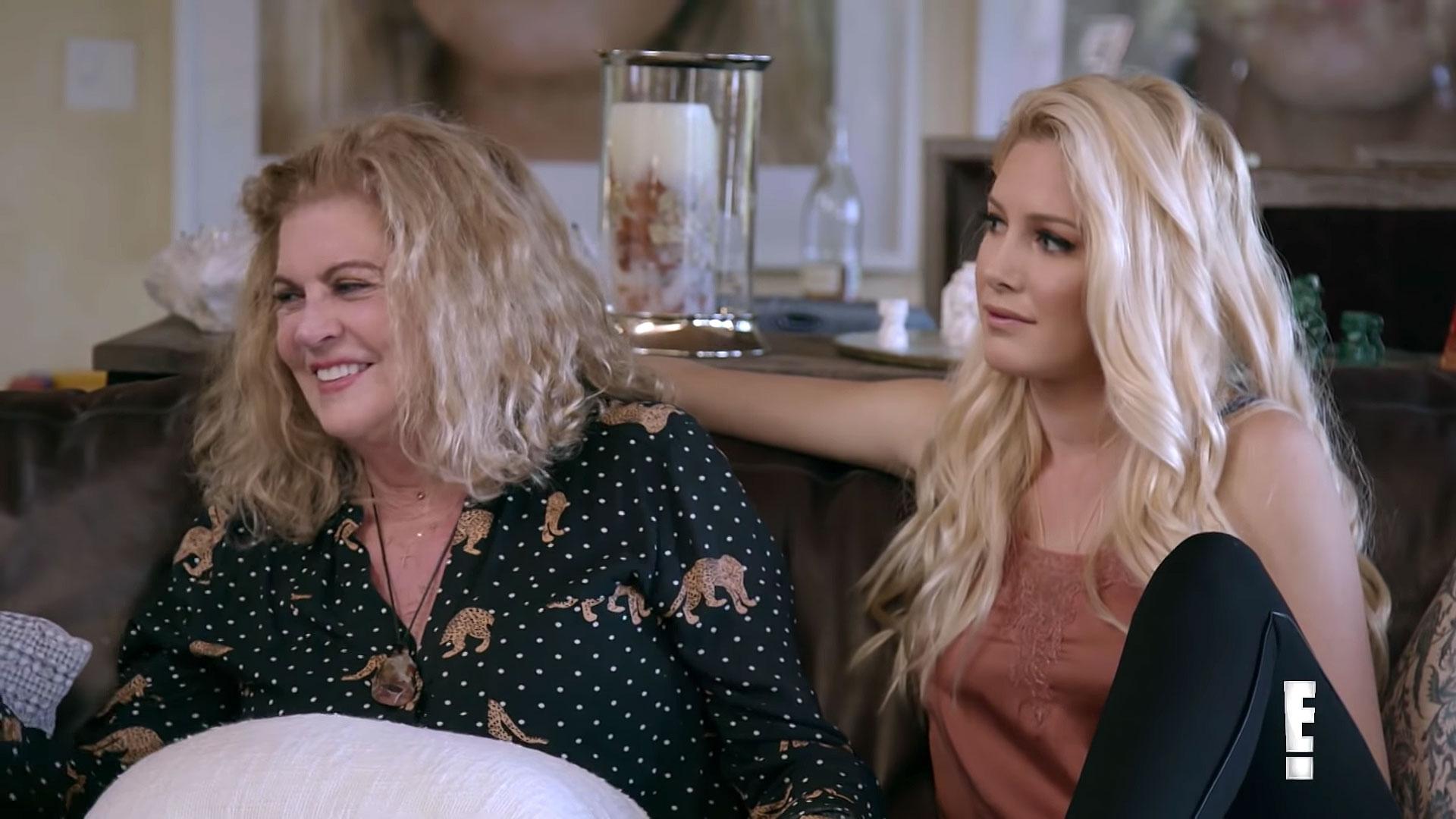 Heidi Montag Comforts Spencer Pratts Mom Youtube - Janet Pratt and Heidi Montag