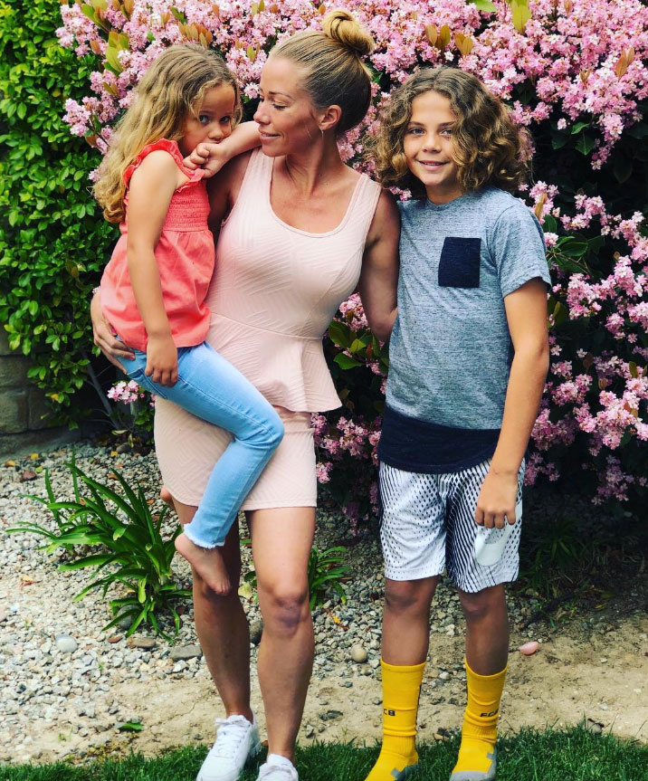 """Kendra Wilkinson How the Celebs are Celebrating Easter - """"Happy Easter 🐰 thanks @iamjessicahall for hosting a great party…"""" the former Girls Next Door star wrote alongside a picture with her children, Hank, 9, and Alijah, 4."""
