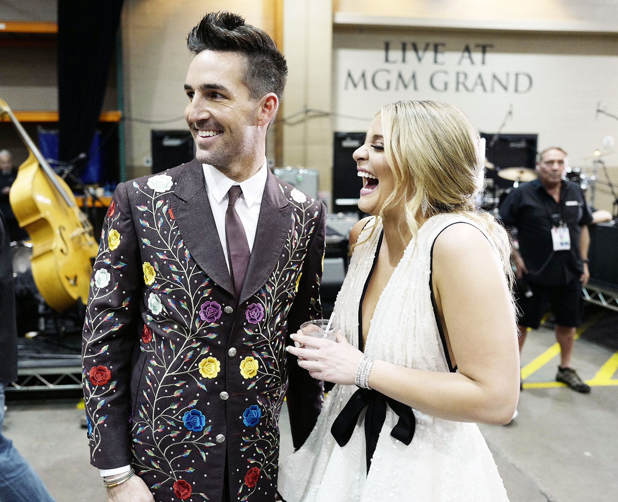 Inside ACM Awards 2019 Jake Owen Lauren Alaina - Jake Owen and Lauren Alaina let loose as they hung out backstage.