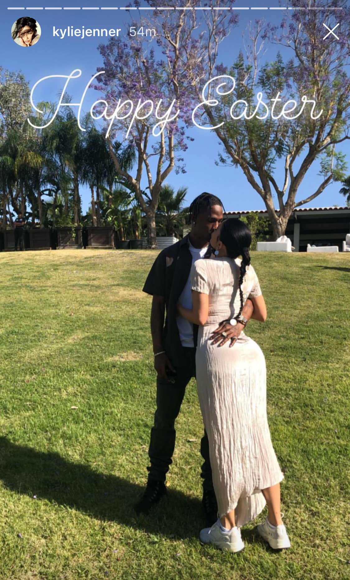 Kylie Jenner Kardashian Easter - Kylie Jenner and Travis Scott