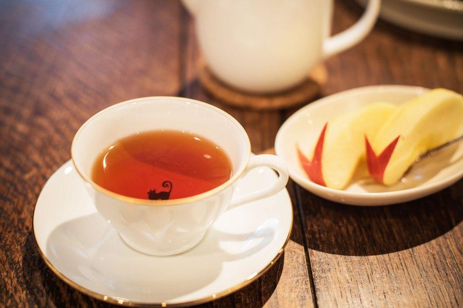 Foods Kourtney Kardashian Swears By For a Healthier Life: Apple Tea, Avocado Smoothies and More